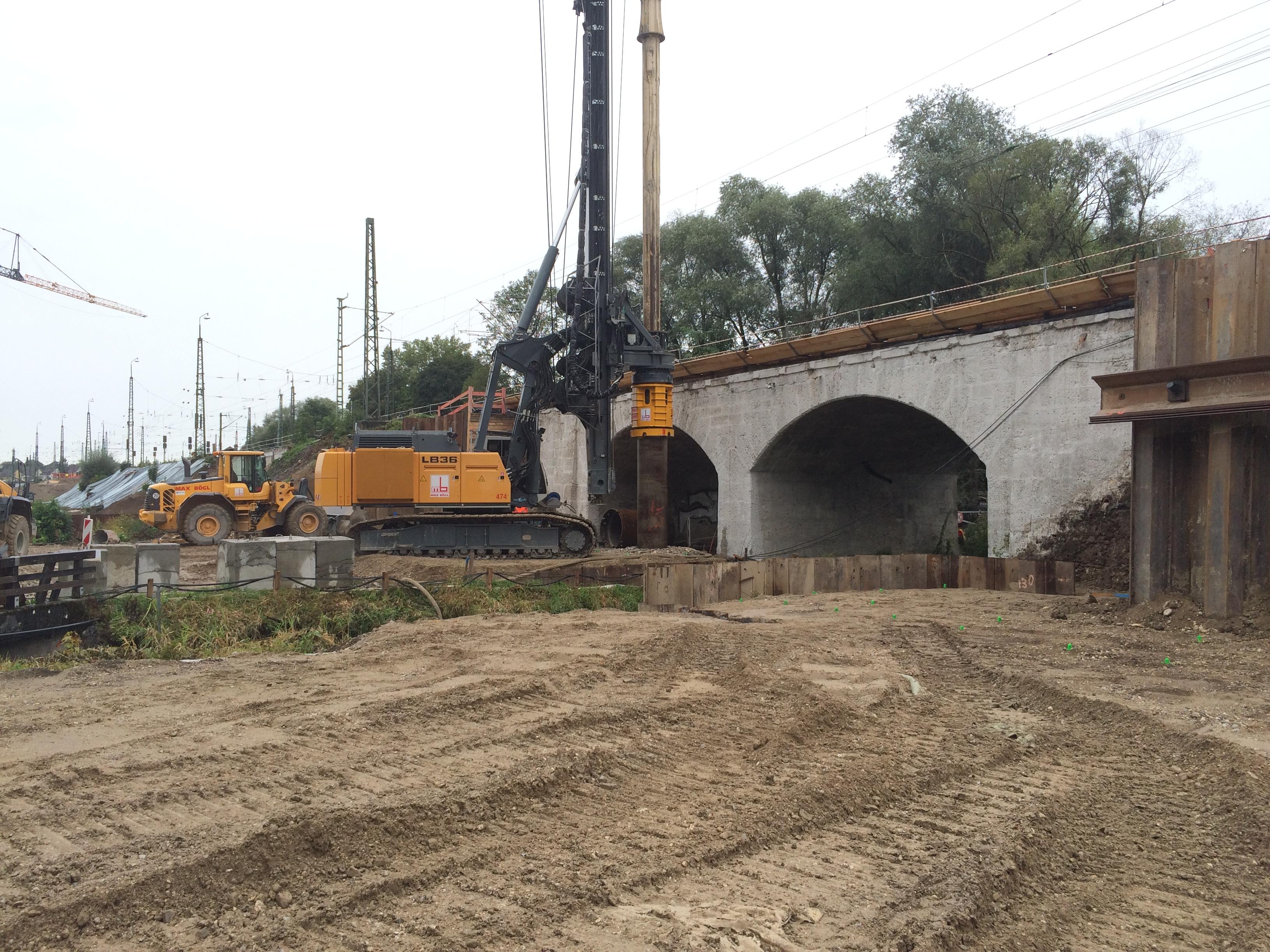 EÜ Mühlbachbrücke: Bohrpfahlarbeiten