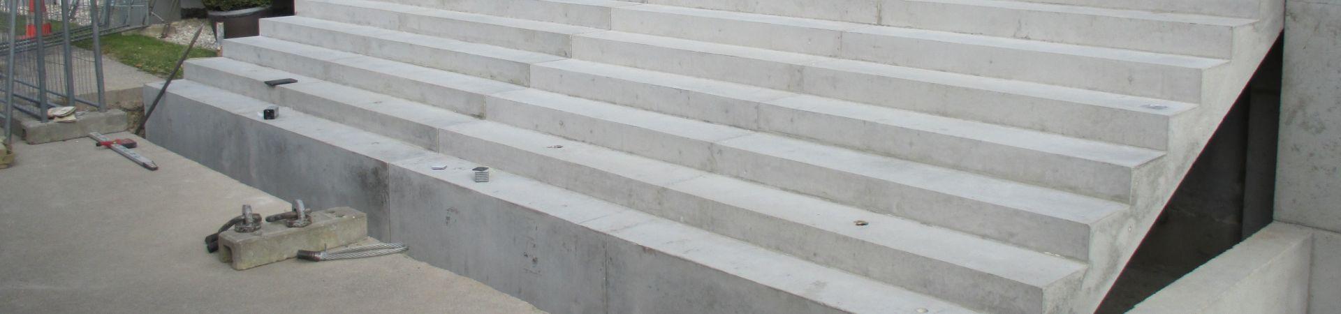 Titelbild Treppe 1920 450